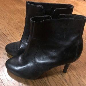 Women's Rockport high heeled black booties